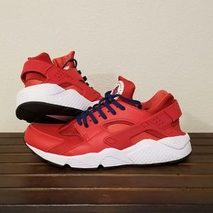 Nike Air Huarache University Red size 11.5